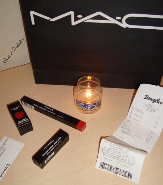 1 MAC Ruby Woo
